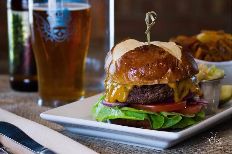 Dukes-Burger